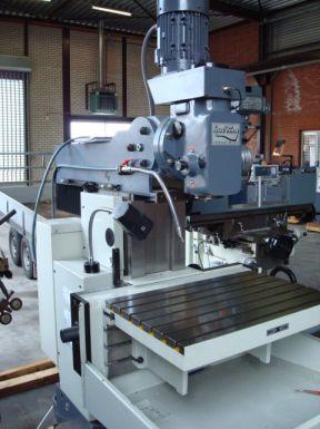 Arsenal Metmaster FI 04-M - Millingmachine