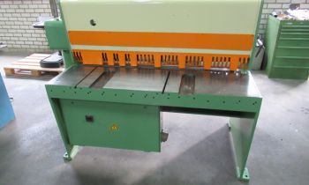 DMF 1250x4 mm - Guillotine shear