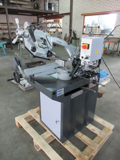 Huvema HU 210 AC-4 - Sawing machine