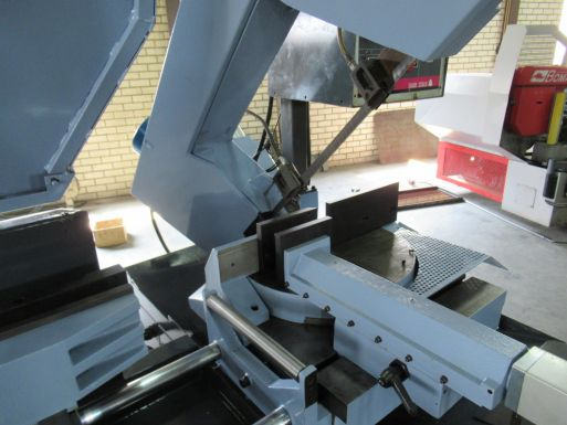 Automatic bandsaw MEP Shark 320 AXI - Sawing machine