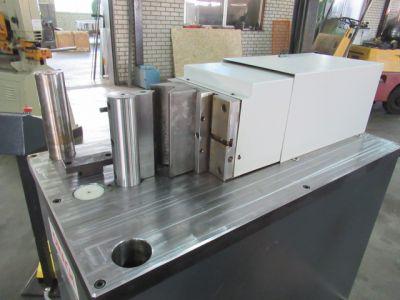 Bendingmachine Omag 30 T - Other machines